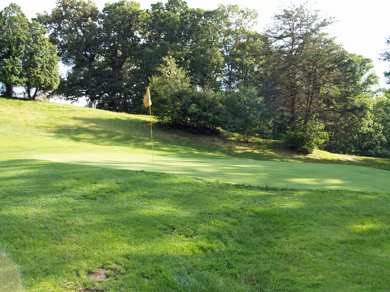 View of eigth hole from left side of green. Click to enlarge